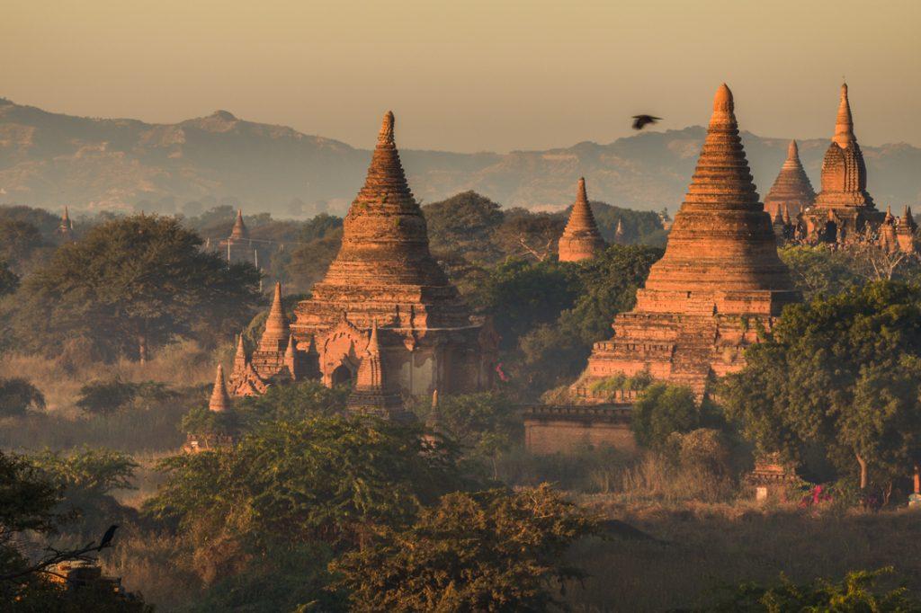 pagode à bagan au Myanmar