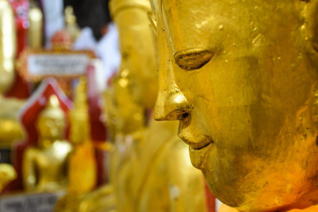 Pindaya au Myanmar (Birmanie)